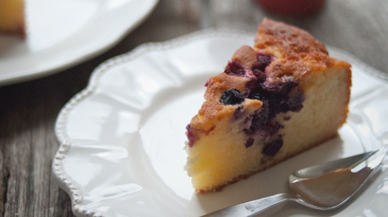 Yoghurt Berry Elderflower Cake_Feature Image
