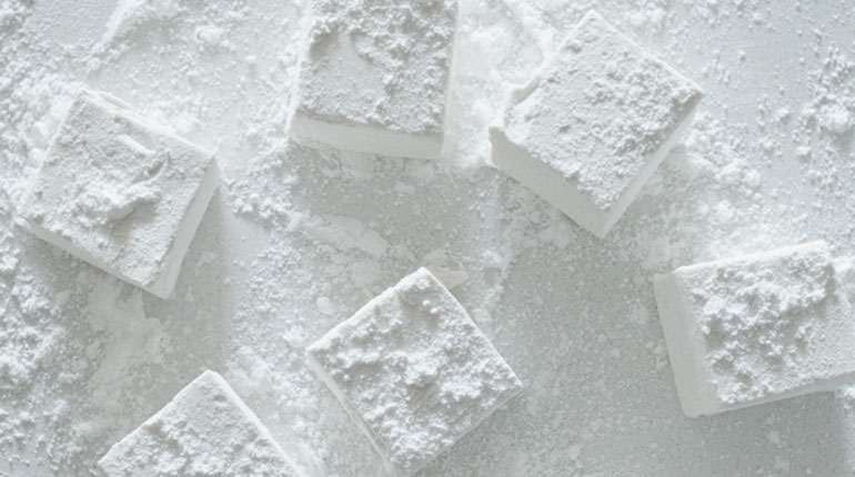 Home Made Vanilla Marshmallows_Feature Image