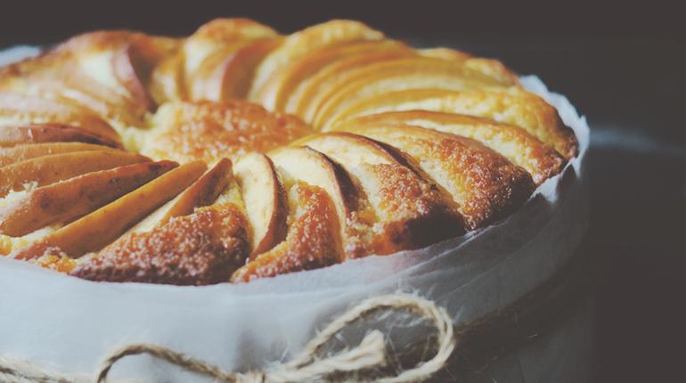 Lemon Yoghurt & Apple Cake_FEATURE IMAGE
