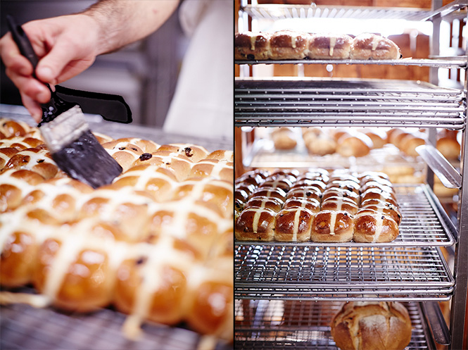 Bakers-Delight-Cooked-Buns-Glazed