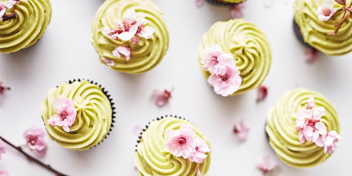Matcha Cupcakes_FEATURE IMAGE