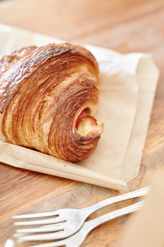 Tartine-Bakery_Ham-and-Cheese-Croissant