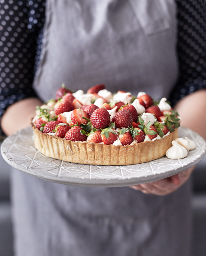 summery-strawberry-tart-9597