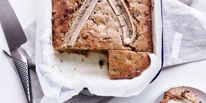 chocolate-banana-cake_feature