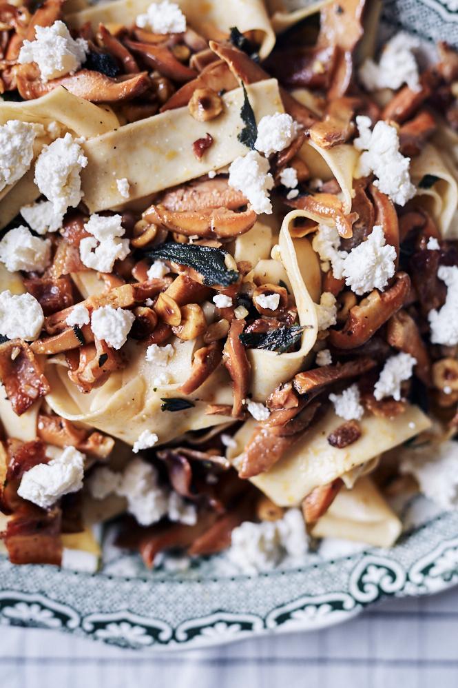 Pine Mushroom Pasta